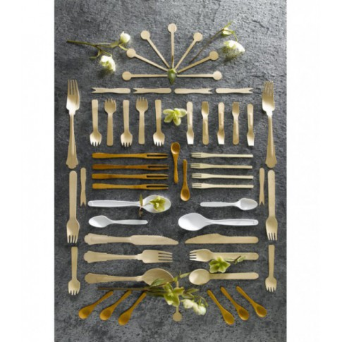 Everyday use of bamboo cutlery